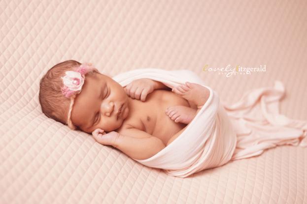 the colony newborn photographer