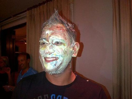 dhoni cake birthday photo