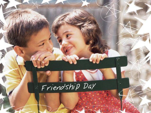 boy-n-girl-friendship day cute wallpaper