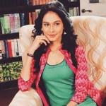 Beyhad Actress Aneri Vajani Bikini Pic trolled Know Aneri Vajani Age/Bf Family