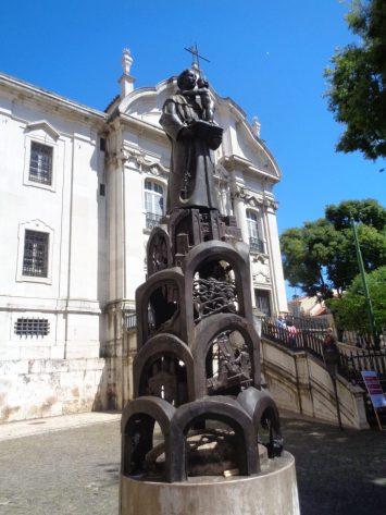 santo-antonio-estatua-lisboa_fotor