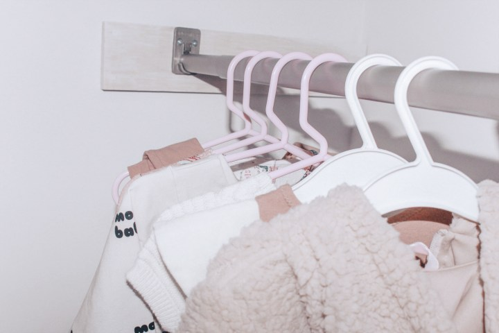 Little Birds : Capsule Closet