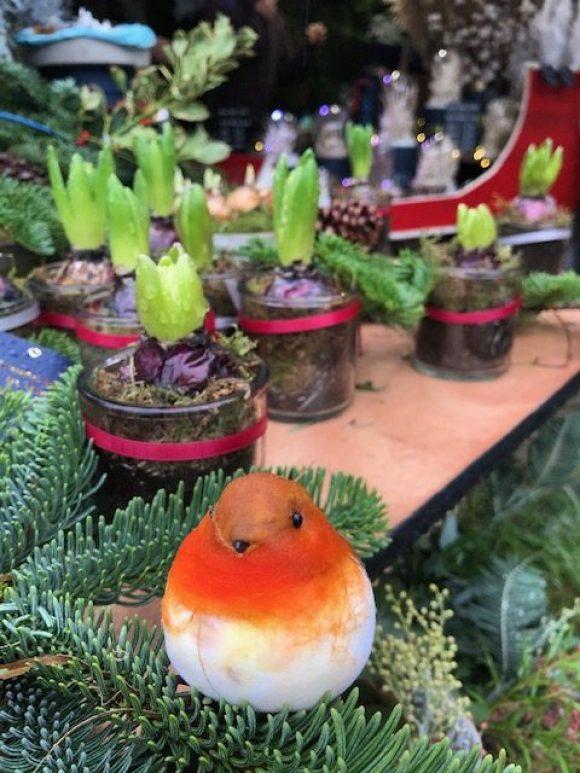 Haddon Hall artisan market robin