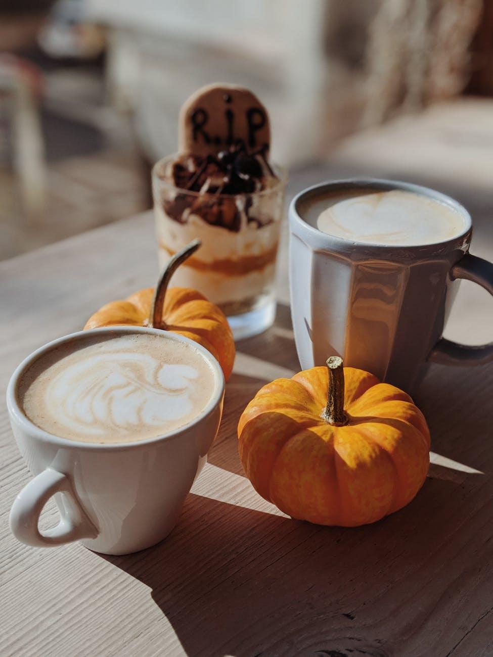 two mug of cafe latte