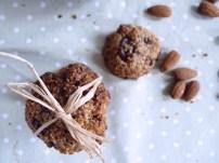 lovelyluckyfactory_almond-cookies_1