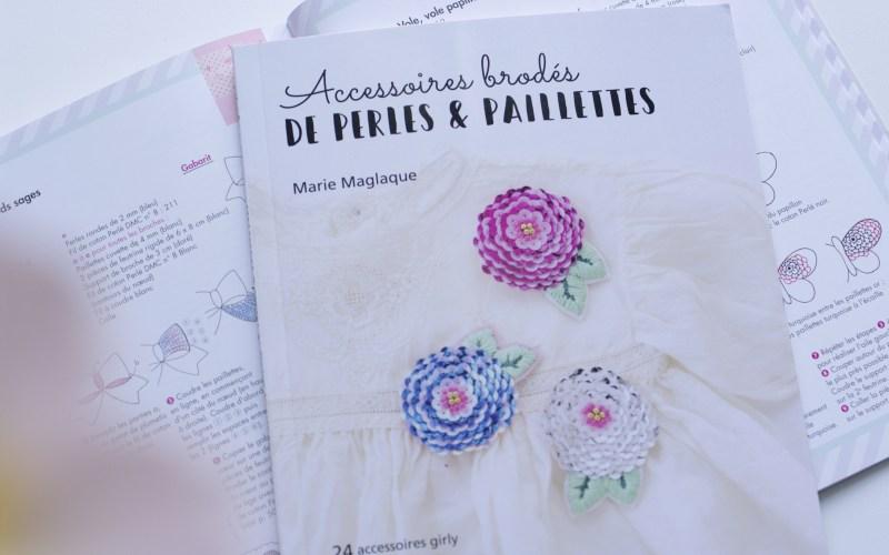 Accessoires brodés de perles & paillettes
