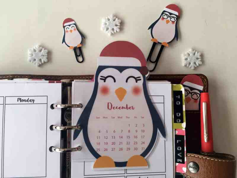Penguin calendar divider + paperclips - Free planner printable (+blank version)