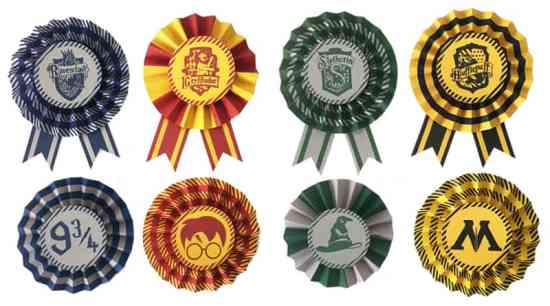 Free Printable Hogwart's Houses DIY Paper Award Ribbons for your Harry Potter Party Decoration or party favors. Many ways to use them! Gryffindor, Slytherin, Hufflepuff and Ravenclaw included!
