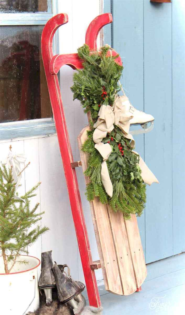 0022 Awesome DIY Wooden Christmas Craft Ideas