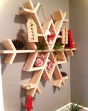 0027 Awesome DIY Wooden Christmas Craft Ideas