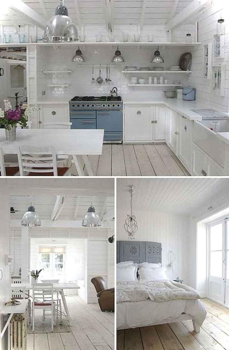 46 Small Cabin Cottage Kitchen Ideas18