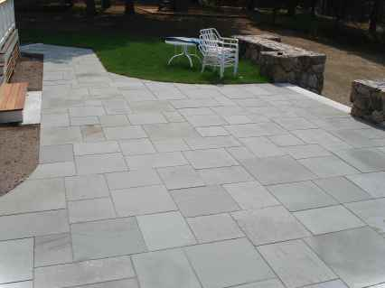 Paver Walkways Ideas for Backyard Patio 45