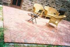 Paver Walkways Ideas for Backyard Patio 74
