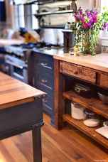 Rustic Cottage Kitchen Cabinets Ideas23