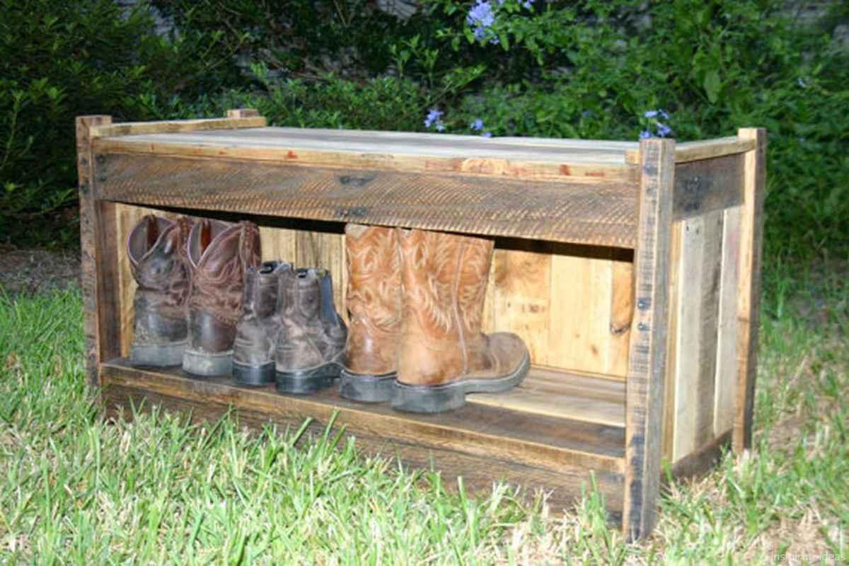Rustic DIY Storage Bench Ideas 03