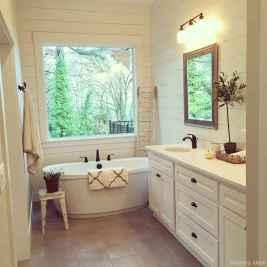 77 Fabulous Modern Farmhouse Bathroom Tile Ideas 20