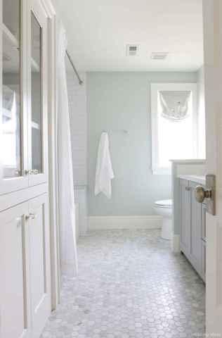 13 Best Modern Farmhouse Master Bathroom Design Ideas