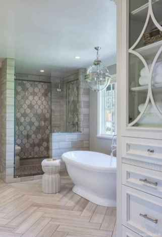 31 Best Modern Farmhouse Master Bathroom Design Ideas