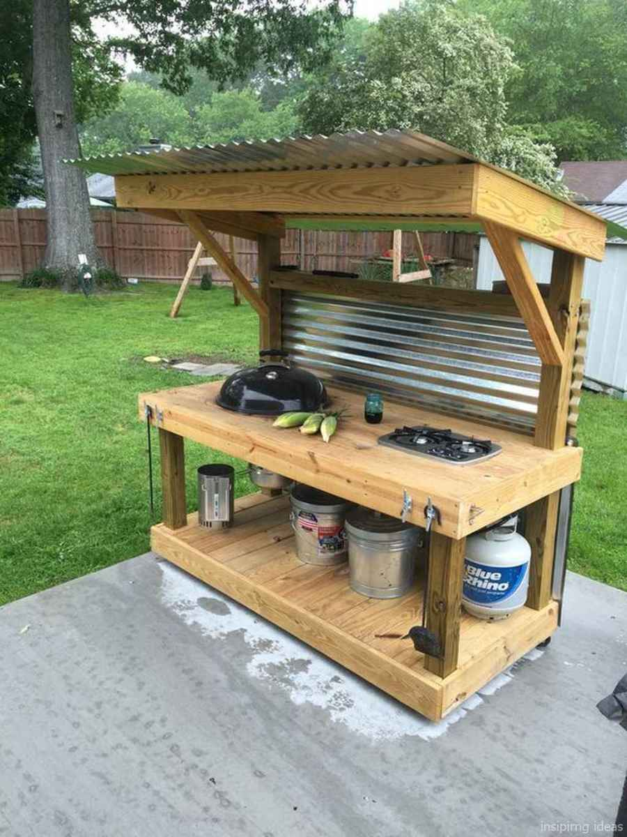 33 Nice DIY Pallet Bar Design Ideas