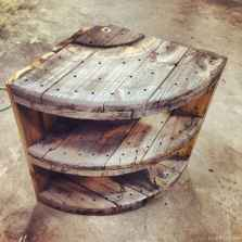 34 DIY Upcycled Spool Project Ideas for Outdoor Furniture