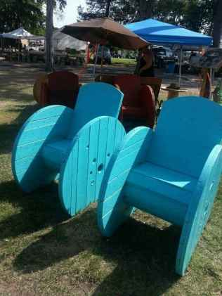 66 DIY Upcycled Spool Project Ideas for Outdoor Furniture