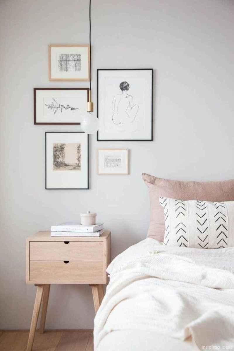 Minimalist Apartment Bedroom Decorating Ideas 52