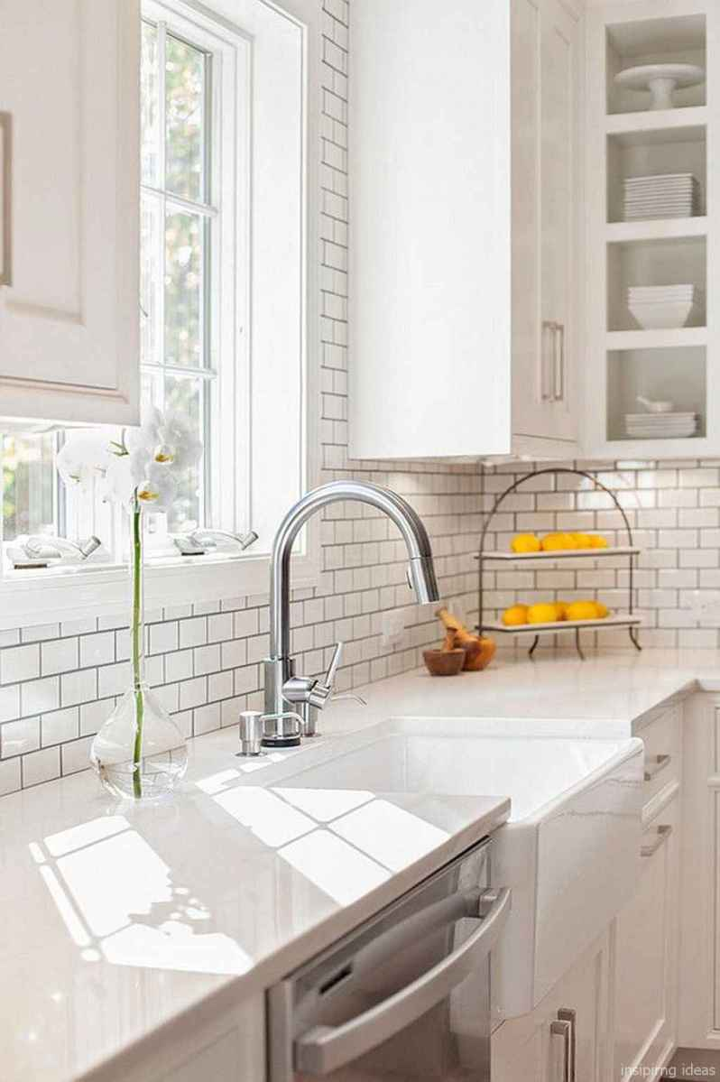 Modern Farmhouse Kitchen Backsplash Design Ideas 62