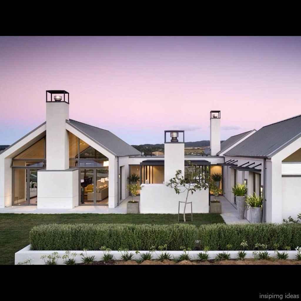 Simple Modern Farmhouse Exterior Design Ideas 14