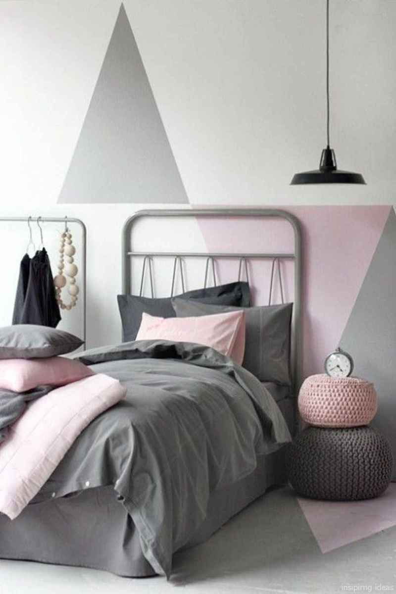 01 Simple Bedroom Design Ideas for Small Space