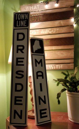 Custom made Maine signs