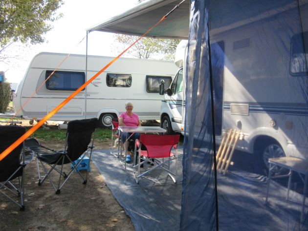 Settlin in at Camping Aquarius