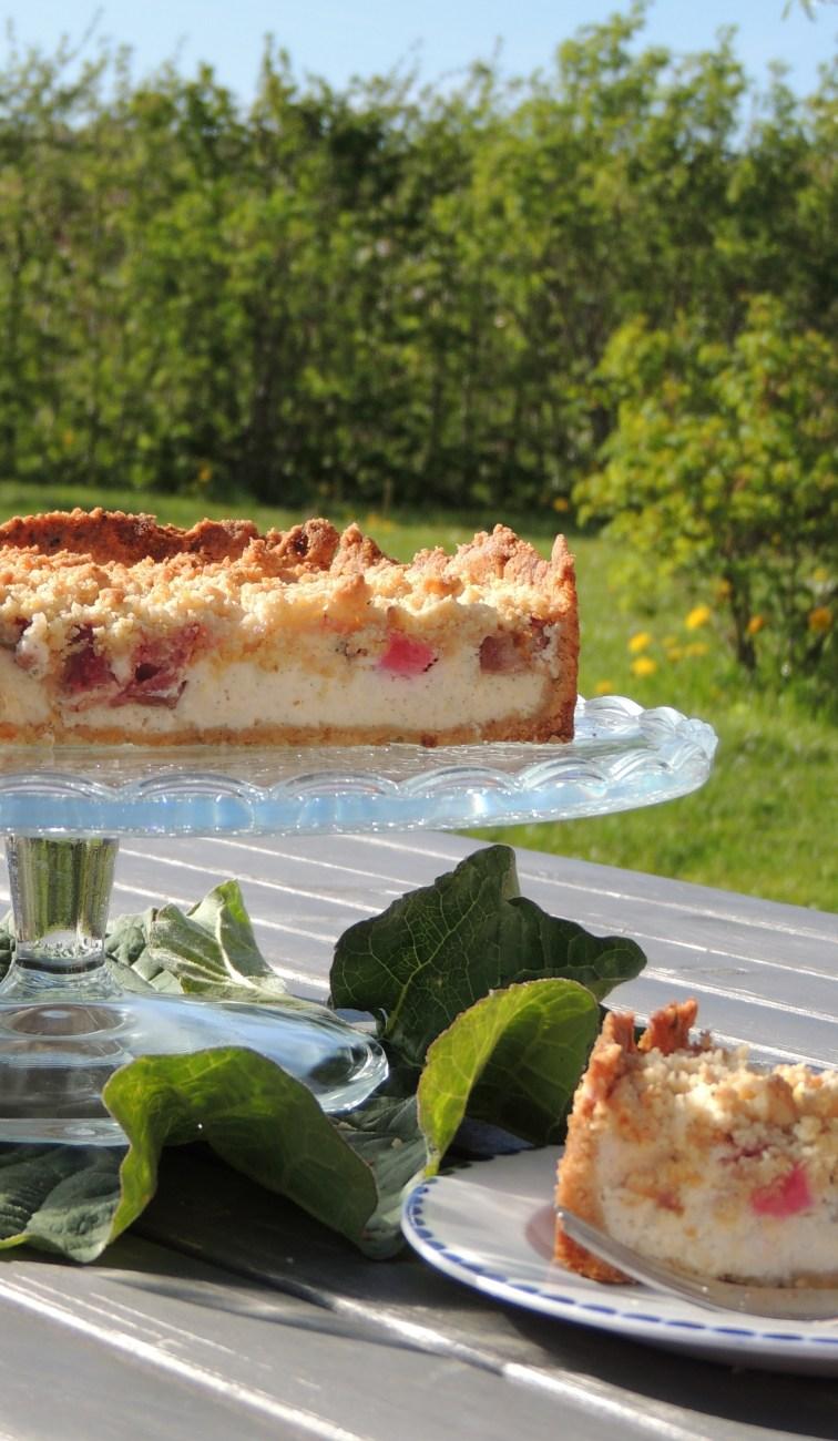 Rabarber-cheesecake med crumble