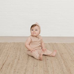 Quincy Mae Sleeveless Jumpsuit (petal)