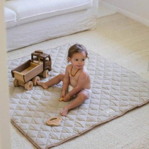 Warren Hill Linen Square Playmat (chestnut/natural)