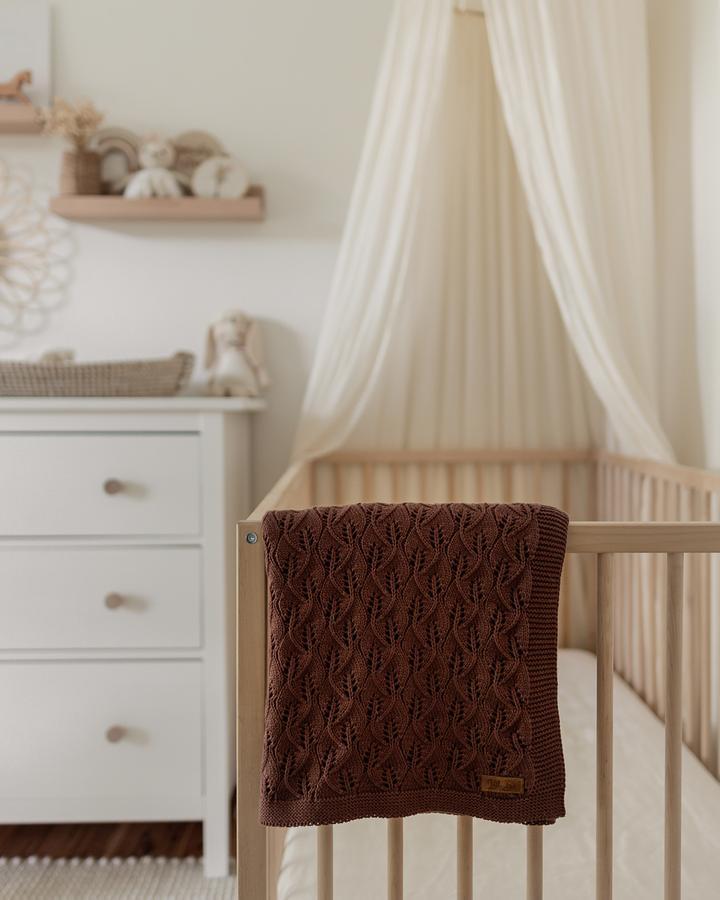 Little B's Heirloom Blanket (choclate)