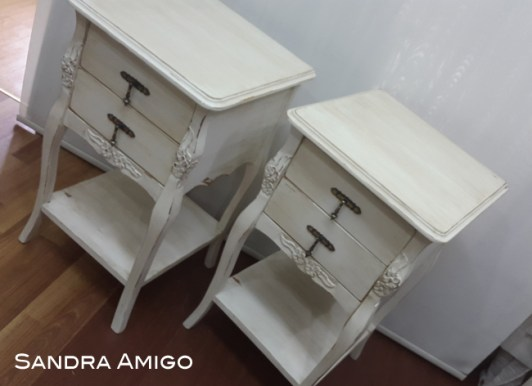 Side Table Flips by Sandra Amigo {Love my DIY Home}