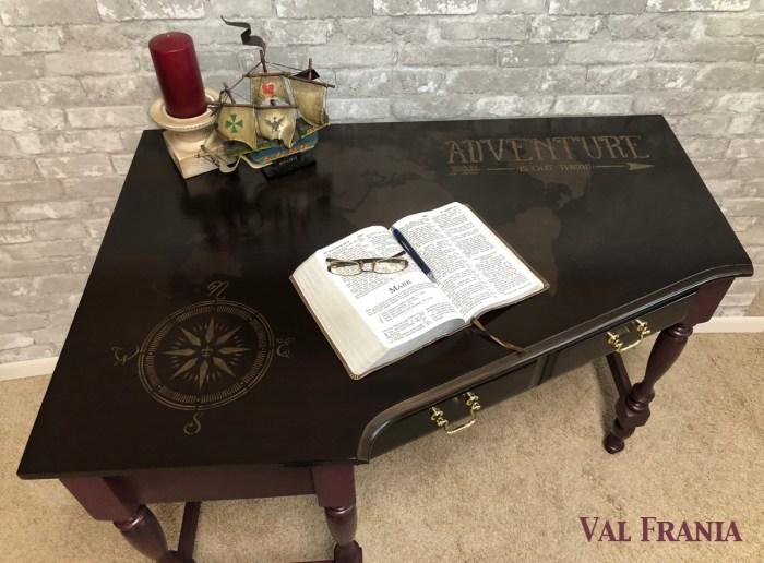 World Corner Desk Full Top