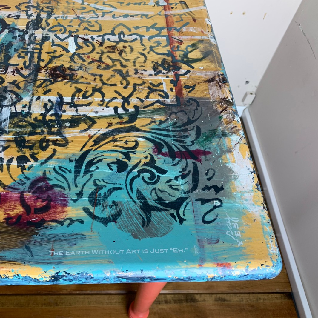 Artsy Table cu corner5