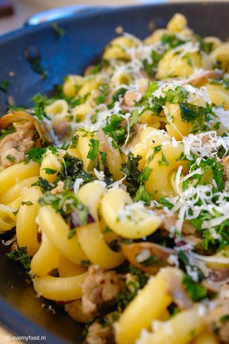 pasta-met-boerenkool-en-verse-worst-5
