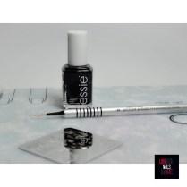 Essie Licorice - Pure Color Brush piCture pOlish #9 - Bundle Monster BM-S308