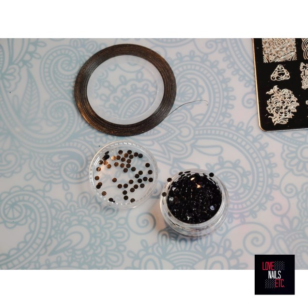Striping tape - black sequins