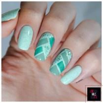 40 Great Nail Art Ideas - Mint green + fish Braid