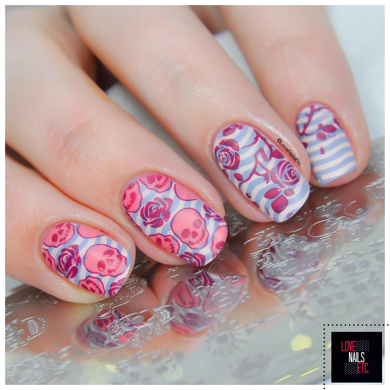 Nail Art – Skulls & Roses
