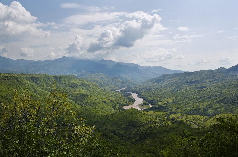 Река Омо на юге Эфиопии