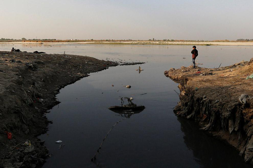 Река Ганг в городе Канпур
