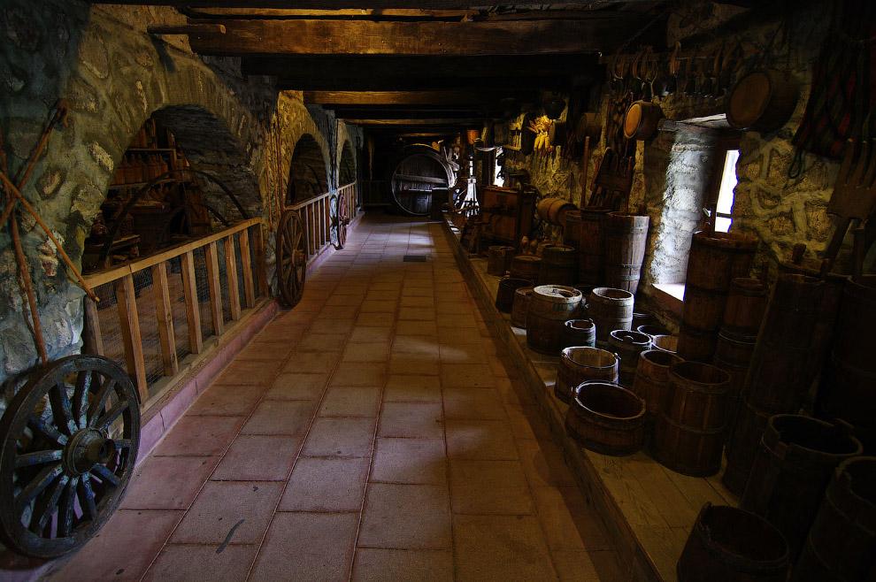 Столярная мастерская в Преображенском монастыре (Великий Метеор)