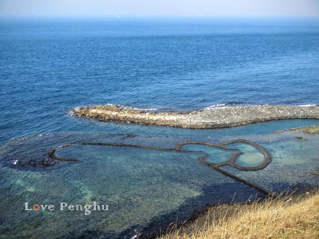 澎湖の伝統的な漁法である石滬 七美のダブルハート