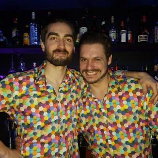 GlowMcGlow me barman