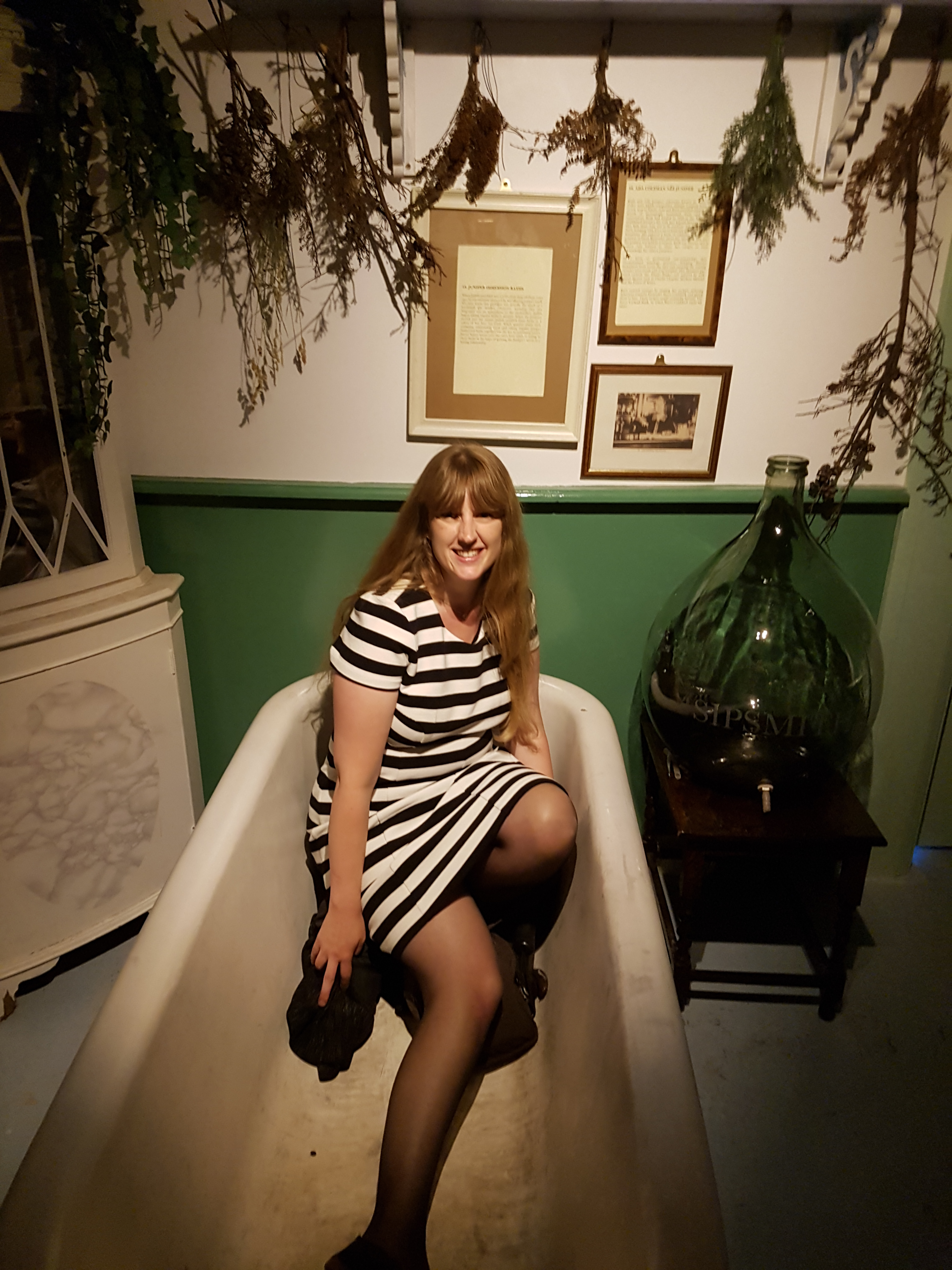 Gingerline me in bathtub