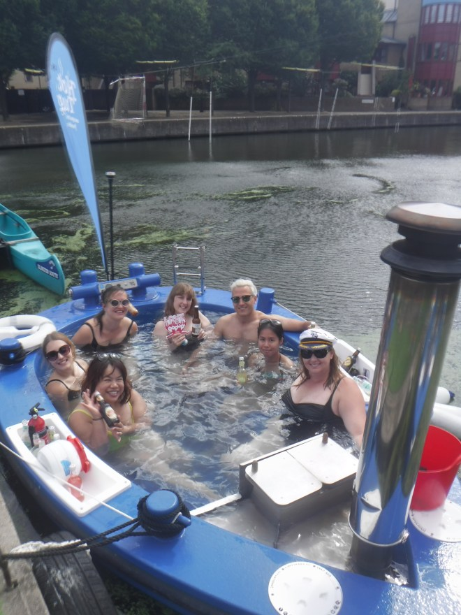 HotTug me and bloggers ready with our Fentiman drinks